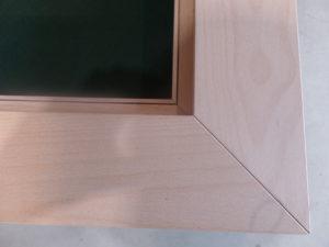 detail bordspeltafel kaartengroefje voor kaart tafel