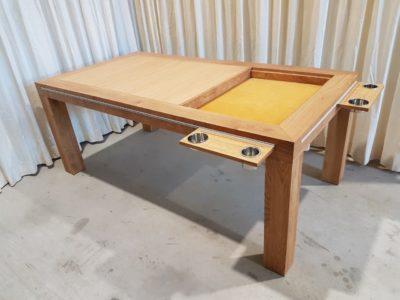 Spelletjestafel.
