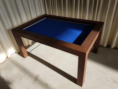 Speeltafel met Royal Blue fluweel.
