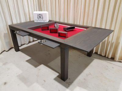 Charcoal Brettschpieltisch mit rod samt.
