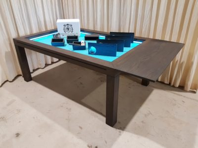 Charcoal Schpieltisch mit Turquoise samt.